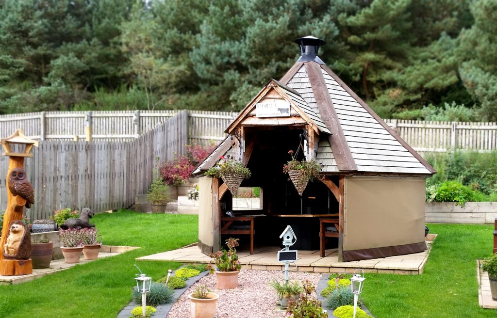 Garden buildings BBQ hut Scotland
