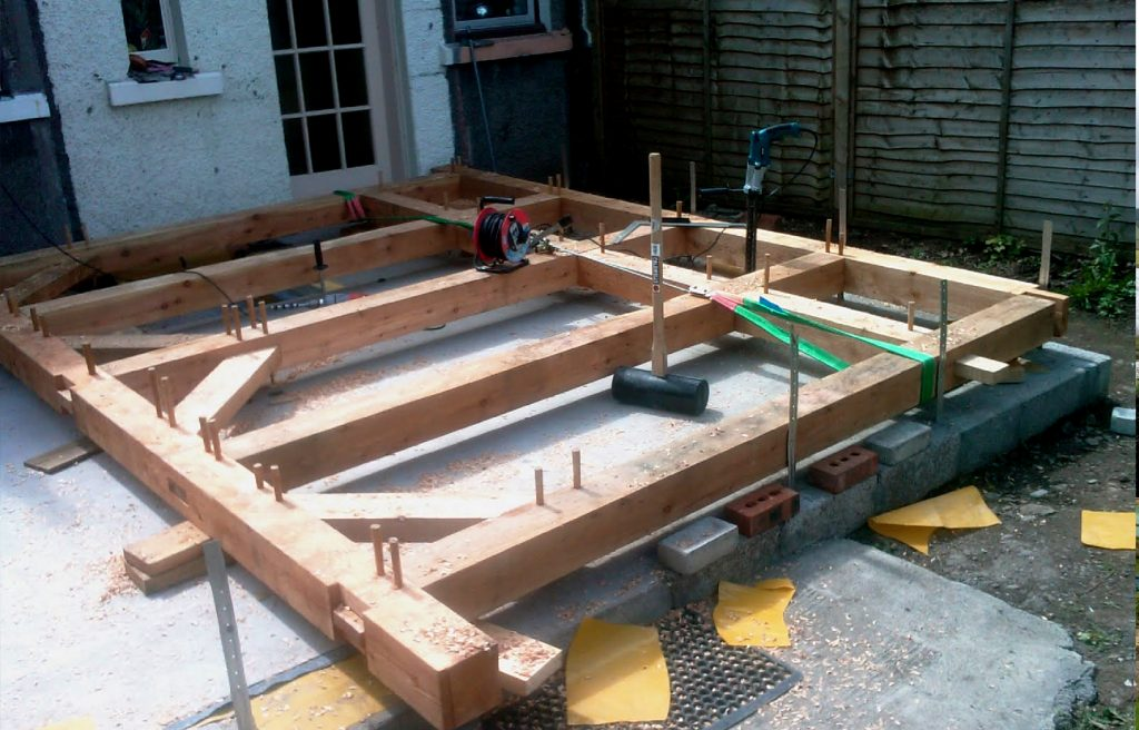 laying out timber frame top be raised